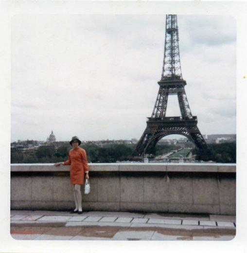 mom in paris